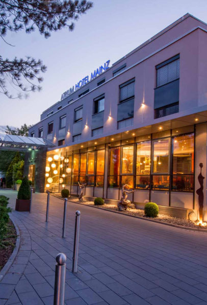 hotel[1]