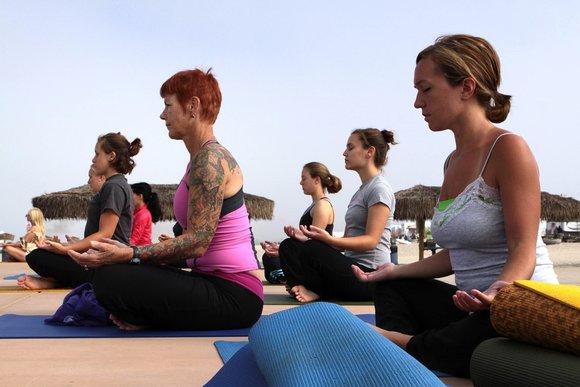 10 вариантов подарка для йога-мам