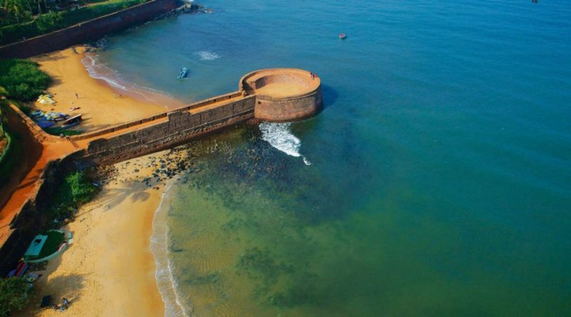 L_shutterstock_552630430_Indian_.-the-former-portuguese-fort-aguada
