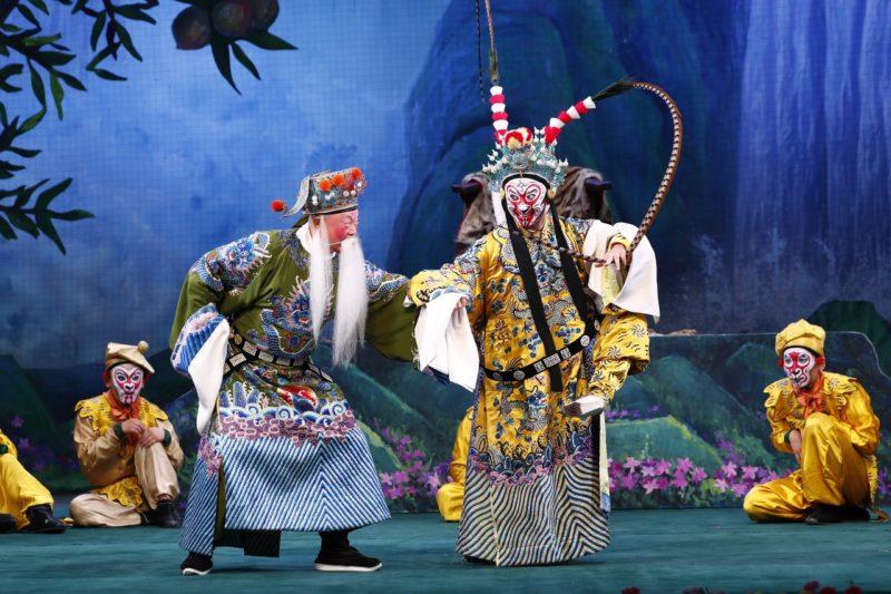 Спектакль-пекинской-оперы-«Переполох-в-небесном-дворце».-Фото-Китайского-Культурного-Центра-в-Москве